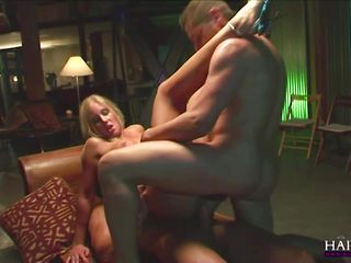 Порно видео групповое бдсм