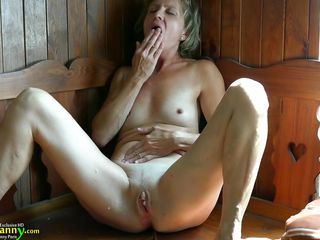 порно бабушка на даче